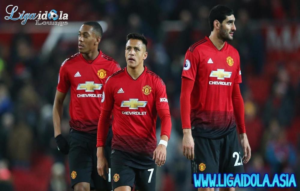 Bagaimana Ekspektasi Fans untuk Manchester United Musim Depan?