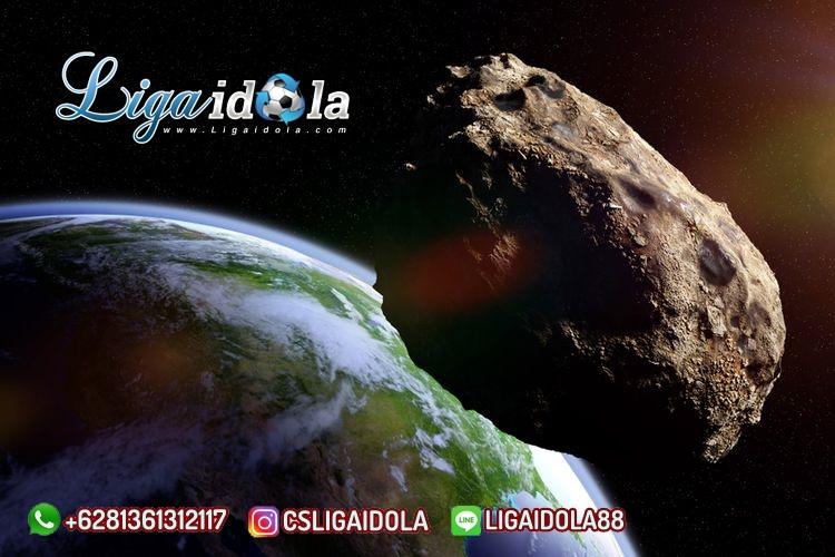 Bulan Ini Tiga Asteroid Raksasa Mendekati Bumi